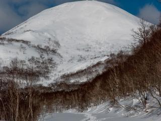 chisenupuri peak from panorama line 12 feb 2011